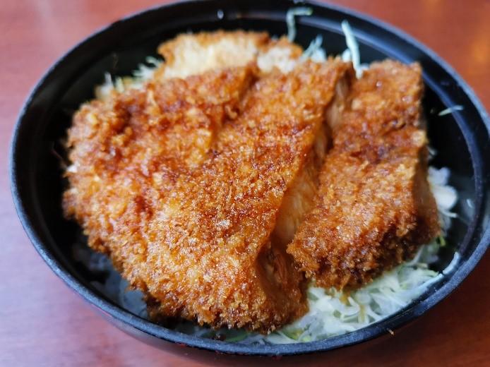 駒ヶ根のカツ丼は日本を代表するソースカツ丼の一つ