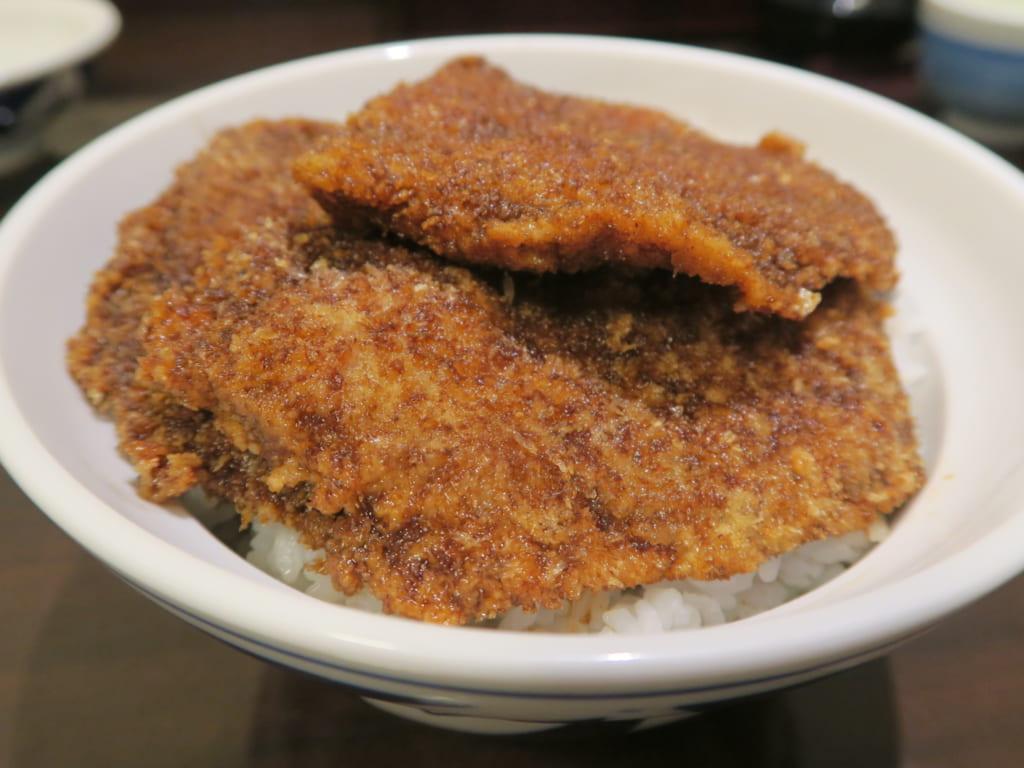 ソースカツ丼発祥説の一つ「ヨーロッパ軒」のソースカツ丼