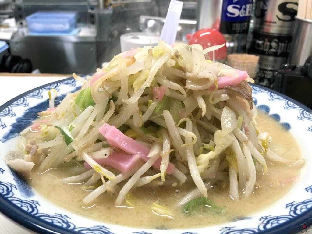 武雄・北方ちゃんぽんの山盛り野菜は半端じゃない