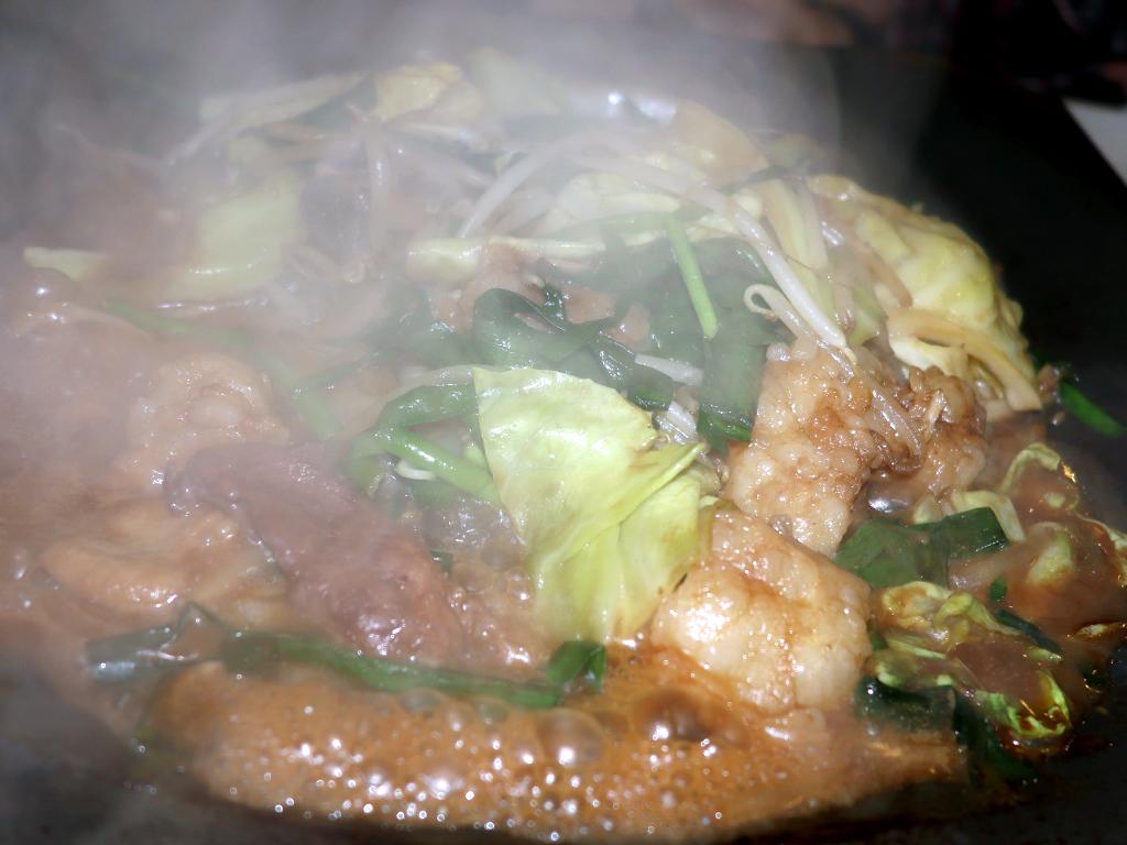 スタミナ満点の田川ホルモン鍋