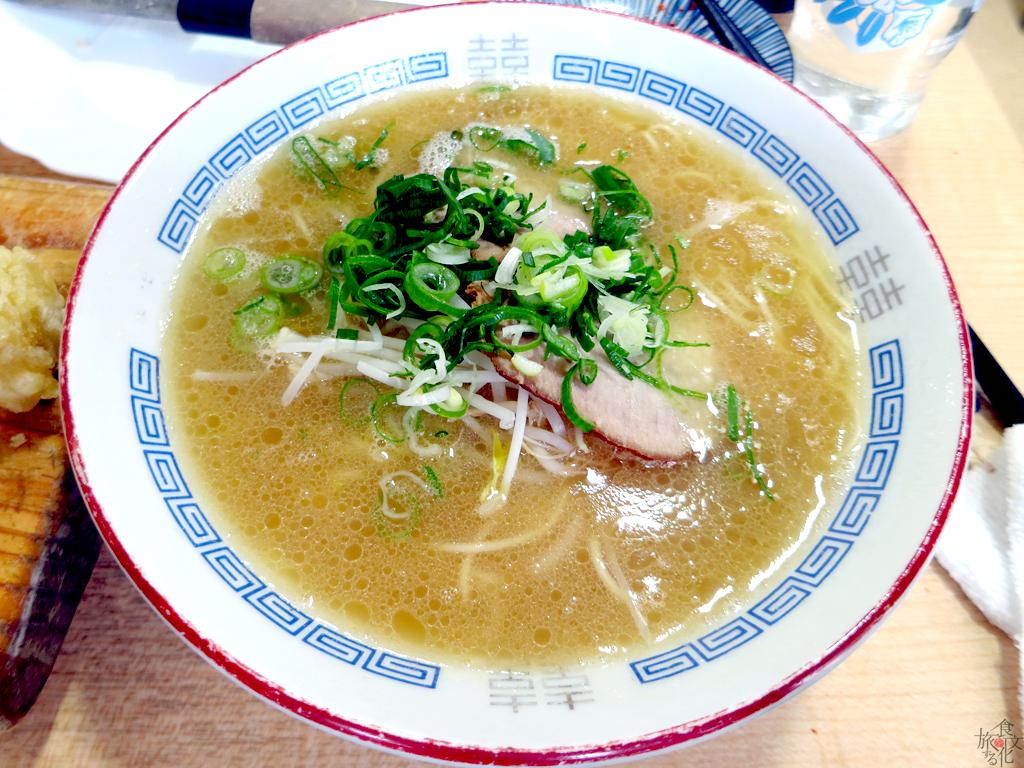 「あきちゃん」の広島ラーメン