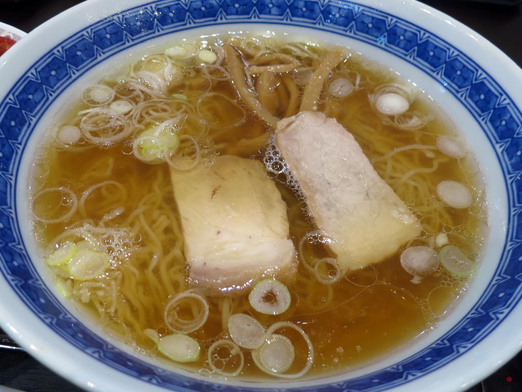 「新華園本店」の釜石ラーメン