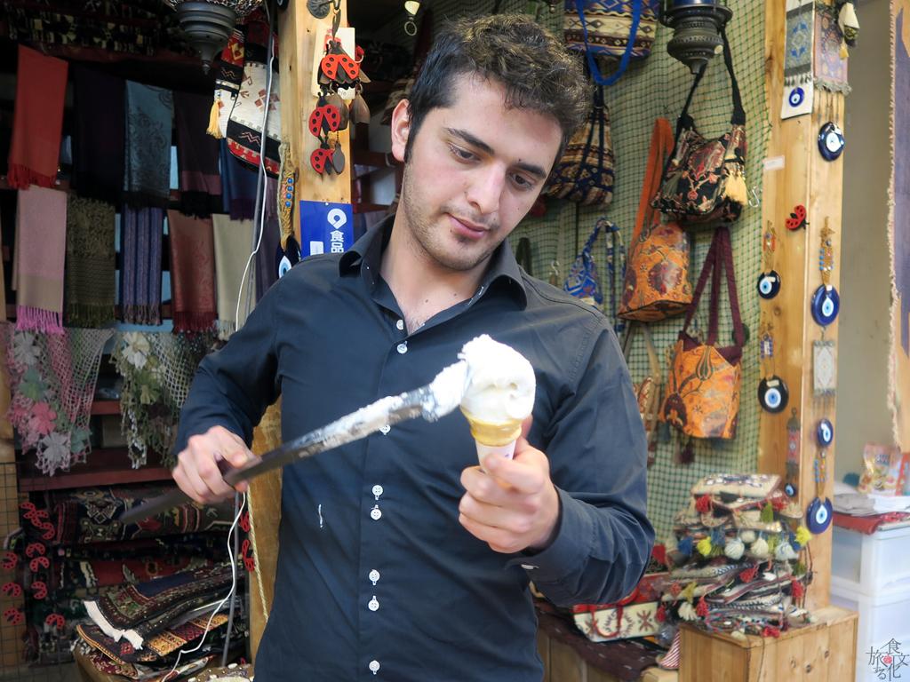 町内で本場のトルコアイスも食べられる