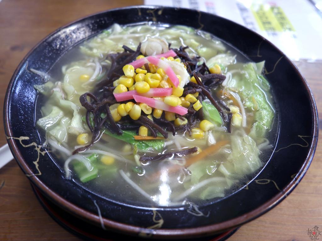 「鶴岡食堂」のチャンポン