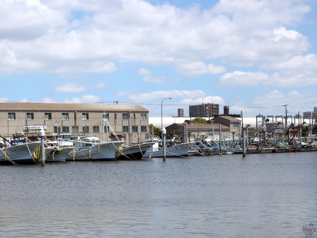 「ららぽーと」に隣接する船橋漁港